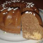 Ciambellone con gelatina alla crema di nocciole