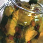 Conserva di carciofi sott'olio alle olive