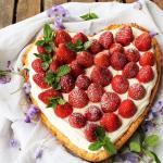 Crostata con fragole e crema di mascarpone