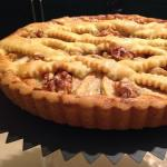 crostata con pere e noci al prosecco