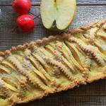 crostata di mele con crema veloce