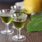 Digestivo alle foglie di limone e alloro