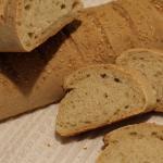 Filoni di pane alla crusca con lievito madre e sesamo