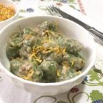 gnocchi di spinaci e ricotta con pesto ai carciofi e calendula