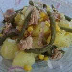 insalata di patate fagiolini tonno e cipolla di tropea