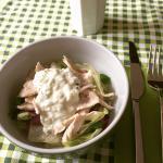 Insalata di pollo con salsa Tzatziki
