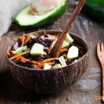 Insalata di riso venere avocado tonno e carote