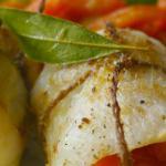 Involtini di nasello con verdure glassate