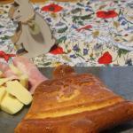La focaccia con formaggio e yogurt
