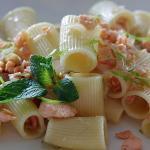 mezze maniche salmone e mojito