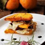 Millefoglie di polenta con radicchio e gorgonzola