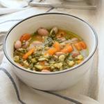 minestra di spinaci carote fagioli e cereali