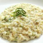 Mix (riso, grano saraceno e miglio) cremoso alle zucchine e robiola