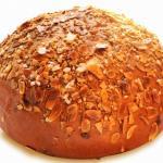 Pan dolce alle mandorle