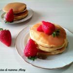 pancakes classici allo sciroppo d'acero