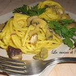 Pasta con funghi e zafferano /pasta with mushrooms and saffron