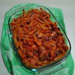 pasta gratinata al forno con sugo di melanzane e mozzarella