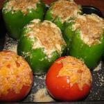peperoni e pomodori farciti al sbrinz e pangrattato