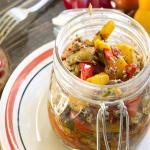 peperoni in barattolo con tonno e olive nere