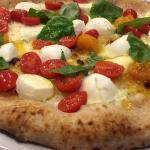 Pizza al filetto di pomodoro