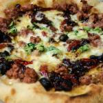 Pizza al piatto fatta in casa – Montanara