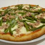Pizza fagiolini e tonno