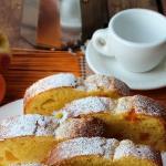 Plumcake con albicocche e pesche