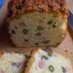 Plumcake con prosciutto e pistacchi