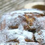Plumcake ricotta , crema bicolore e barrette kinder