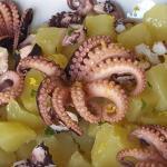 Polipetti con patate e profumo di limone