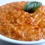 riso con crema di peperoncini verdi fritti e pomodori pachino