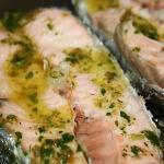 salmone al vapore con salsa ai capperi