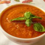 Salsa di pomodoro veloce, con cipolla, aglio e basilico