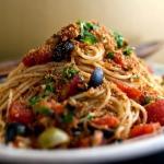 Spaghetti bottarga e profumo mediterraneo