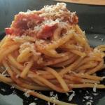 Spaghetti rigati con peperoni piccanti