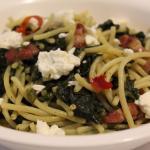 Spaghetti senza glutine con pancetta, spinaci e quartirolo