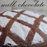 Torta al latte caldo con cioccolato fondente (hot milk chocolate cake)