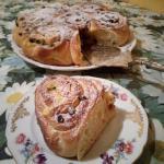 torta di rose con crema e cioccolato