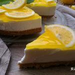 torta fredda al limone ( superficie specchiata)