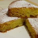 Torta morbida di pesche al profumo di limone
