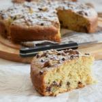 torta semi integrale alla ricotta, noci e gocce di cioccolato fondente