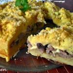 Tortino di patate ripieno di funghi e salsiccia