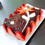 Tronchetto cheesecake alle fragole - Ricette Primi Piatti