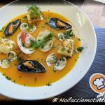 vellutata di zucca e patate con frutti di mare