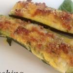 Zucchine ripiene con salciccia e mozzarella