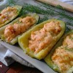 Zucchine ripiene di salmone e primosale