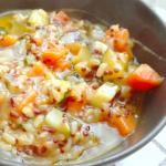 zuppa autunnale leggera con cereali