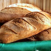 batard, pane con miscela di farine di frumento tenero e duro