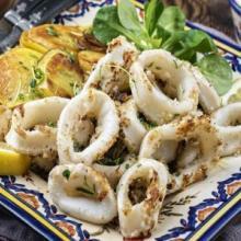 calamari marinati in olio d'oliva