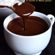Come fare il cioccolato in tazza senza cioccolato